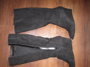 nine west size 9.5 black suede wedge boots