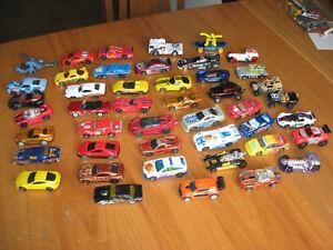 lot de 45 petites voitures