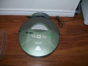 Roomba irobot vacuum sweeper cleaner and dock charging Station