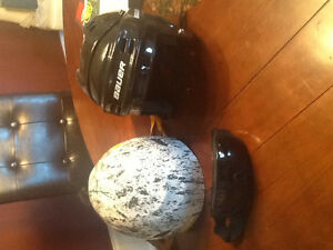 Hockey and snow board helmets, snowboarding glasses (new conditi