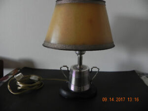 Silver Cup table lamp