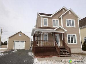 Belle maison 2 étages 225 000$ (vendeurs motivés)