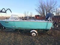 14 Foot Aluminum fishing boat!!