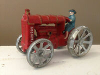 FORDSON CAST IRON TOY TRACTOR