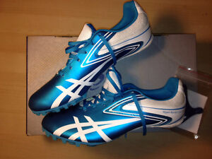 ASICS track and field Spike women 7.5 BRAND NEW! Gatineau Ottawa / Gatineau Area image 1