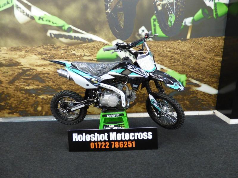 Thumpstar Stomp Super Stomp 120 R Pit Bike Motocross In