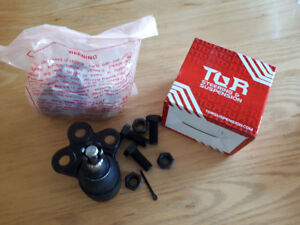 Saturn Vue Lower Ball joints (New)