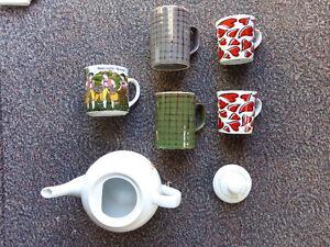 Tea Pot(new) and 5 Mugs