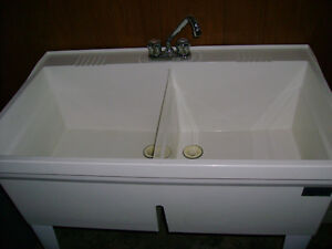DOUBLE THERMOPLASTIC LAUNDRY TUB WITH TAPS -FOR SALE