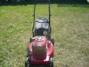 CRAFTSMAN LAWNMOWER REAR WHEEL PROPELLED