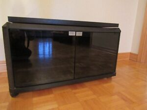 Meuble pour télé - TV stand