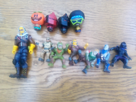 Fortnite figures 10 small ones one big one