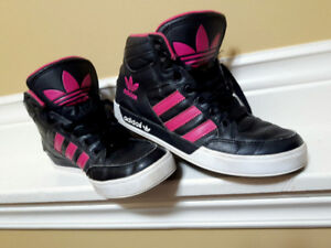 Girls/Youth Size 4 Adidas High Top Sneakers