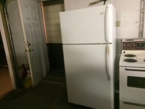 Frigidaire 21 cu. ft. fridge  Gallery Model