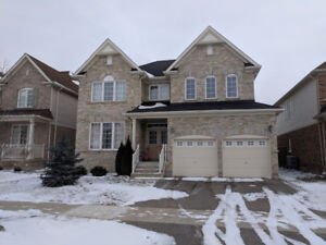 4 Bedroom 4.5 Bathroom Home in Kitchener South Doon Area