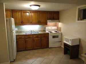 3 Bedroom Lower Unit  - Utilities Included - 427 Coombs Ave - Av
