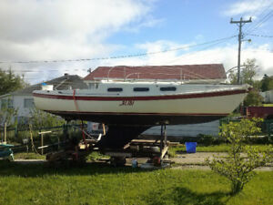 22 Ft. Sail Boat great for the beginners
