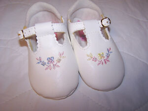 New Baby Soft Sole Shoes Size 0-3 Months