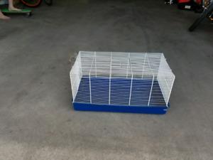 Cage d'oiseaux et cages de petits animaux de compagnie