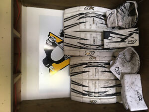 Brian's Goalie Pads, Blockers and Trappers