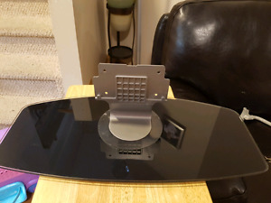 Flat screen tabletop TV mount