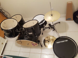 Huntington DRM500-BK 5 Piece Drum Set Throne