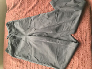 Next to New Lululemon Wide-Legged Pants with Pockets Size 4