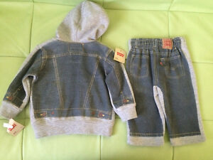 Brand new, with tags Levi's 2 piece outfit. Size 3-6 months Kitchener / Waterloo Kitchener Area image 2
