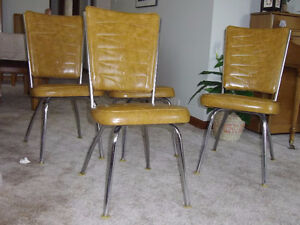 ESTATE SALE  4 KITCHEN CHAIRS
