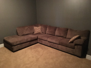 Allen full size couch - Excellent Condition - Sectional as well