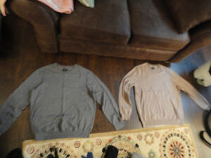 2 pullover sweaters