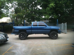 ISO. Dodge Diesel 4x4