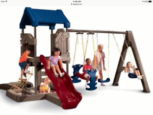 Little Tikes Outdoor Adventure Play Center