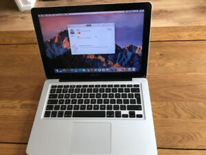 Macbook Pro 13inch 2.3Ghz i5 8GB RAM,500 HDD CC2015 collection