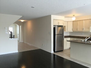 Executive 3 BR in Mississauga Road, Brampton