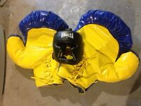 Two sets! Commercial Puffy boxing gloves & headgear