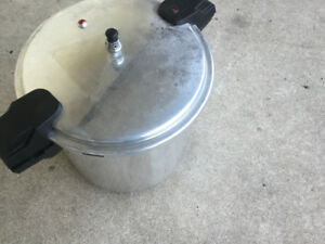 Pressure cooker 22 quart large size