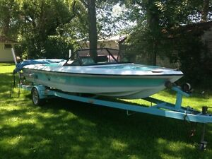 1991 Malibu Skier with competition 5.7l inboard with 260hp