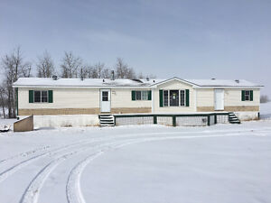 Great Place to call home minutes from Buffalo Lake