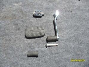 HARLEY DAVIDSON FOOT CONTROL PARTS / RUBBERS