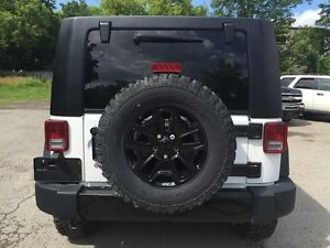 2014 JEEP WRANGLER UNLIMITED SPORT * 4WD * LOW KM * LIKE NEW London Ontario image 5