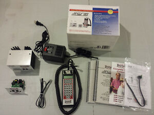 Digitrax DCC Super Chief Xtra 5amp Starter Set w/ Power Supply