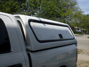 Leer Pick Up Truck Cab Cover
