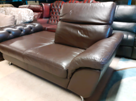 Brown Leather Chaise Lounge (folding headrest) 🤩excellent condition