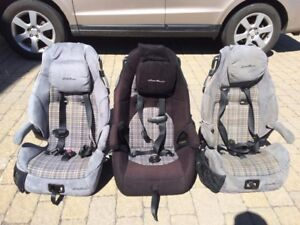 Trois sièges d'auto pour enfant Eddie Bower