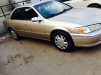 2000 Toyota Camry LE asking 2500$ OBO
