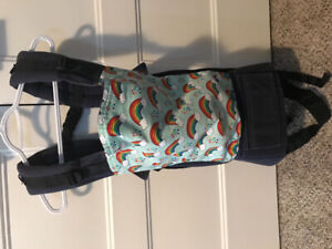 Standard Tula soft structure carrier in good condition