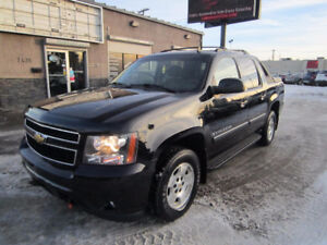 2008 Chevrolet Avalanche **LOOK AT MY BODY!**