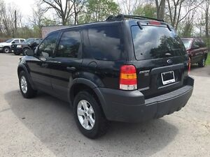 2006 FORD ESCAPE XLT * AWD * PWR ROOF * $0 DOWN LOANS London Ontario image 4