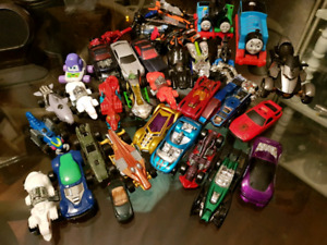 39 Vintage Dinky Cars Hotwheels and Matchbox Lot